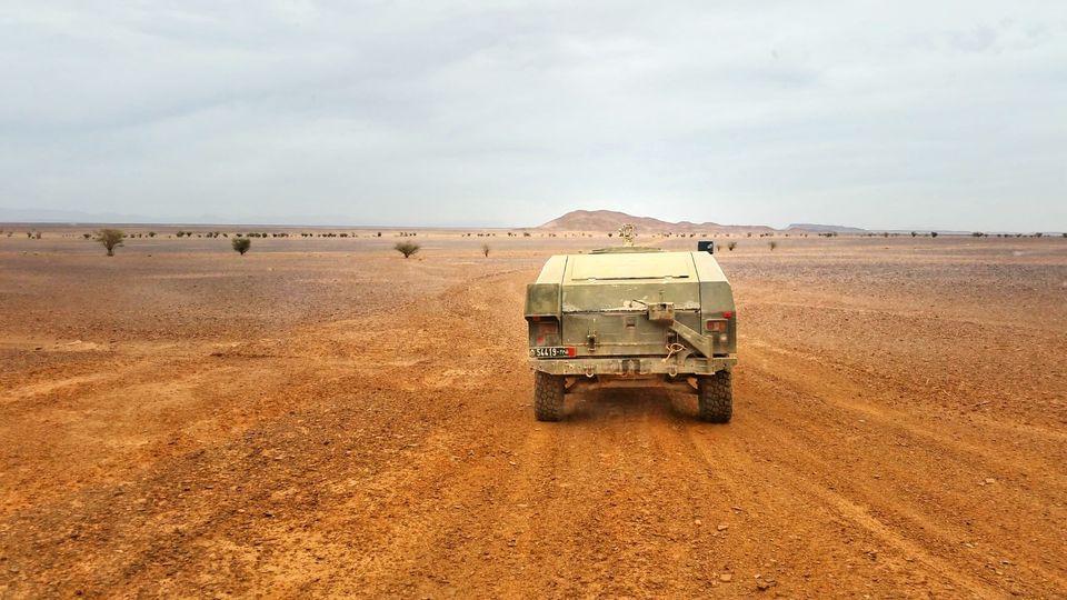 "Vidéo-Diapo. Sahara marocain: pleins ""FAR"" sur les véhicules d'attaque rapide, VAMTAC"